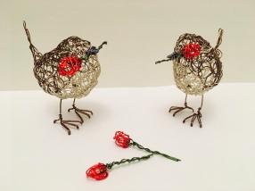 Wire valentines wrens